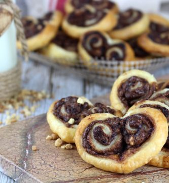 Palmeritas de hojaldre con Nutella