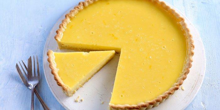 Tarta de limón con hojaldre
